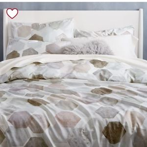 EUC- West Elm Duvet Cover and Pillow Case